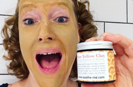 Yellow clay soothes and refines skin